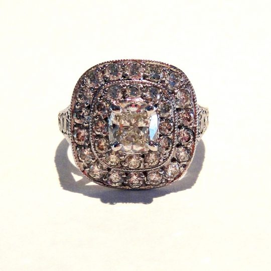 https://www.leachijewellery.co.za/wp-content/uploads/2018/04/adrian-ring-front-view-540x540.jpg