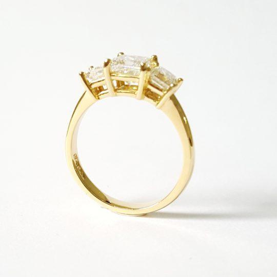 https://www.leachijewellery.co.za/wp-content/uploads/2018/06/Nerene-new-ring-pic-2-540x540.jpg