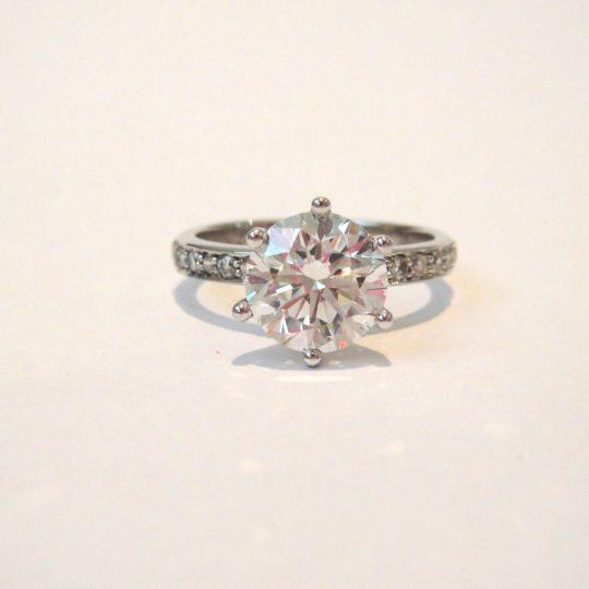 https://www.leachijewellery.co.za/wp-content/uploads/2018/06/Robyn-Lambert-ring-4-540x540.jpg